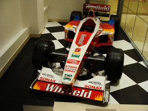 Alex Zanardi's Williams Formula 1 car, the FW21, on Fleet Street by Ben Sutherland, on Flickr
